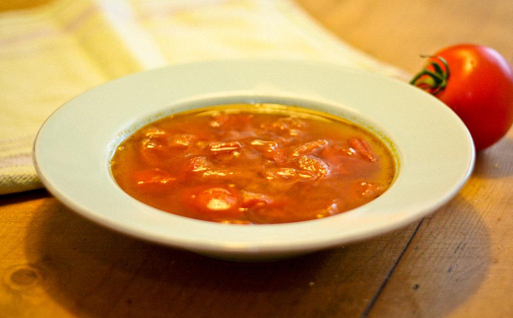 Tomaten-Grünkern-Suppe