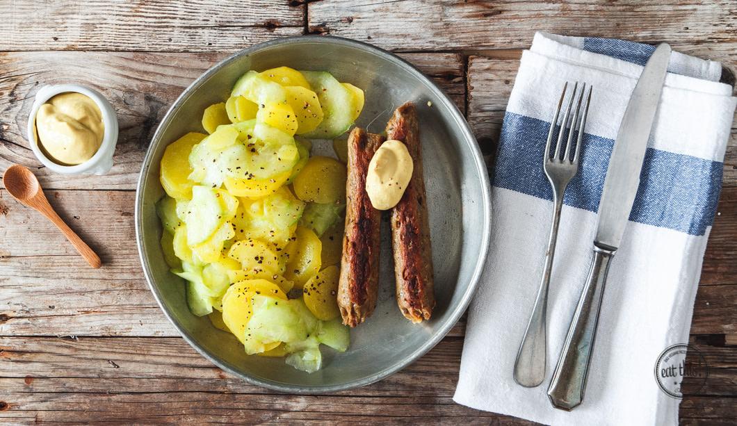 Vegane Bratwurst mit Kartoffelsalat